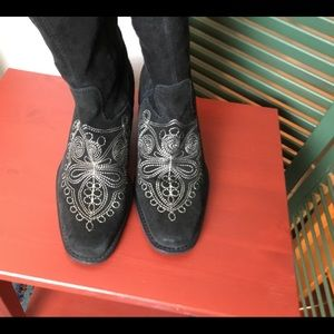 Dr. Scholl's western boots black suede embroidery